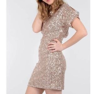 Molly Bracken Sparkle Flutter-Sleeve Sequin Dress